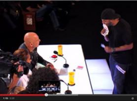 Stunning street magic performance by Smoothini reveals Internet marketing mindset trick